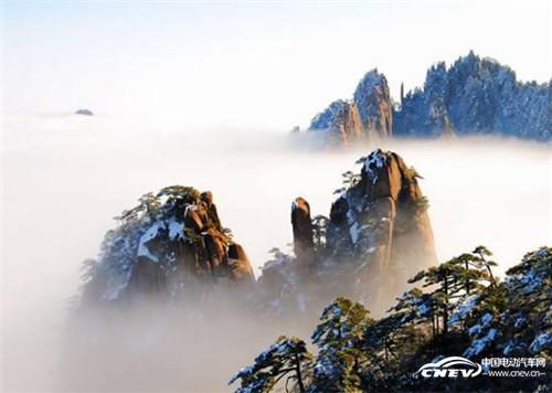 黄山自古云成海 云海之下有特斯拉