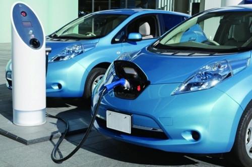 大连将建1100个充电桩 电动车充电更方便