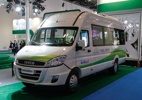 来自宝岛 Auto21国胜的两款电动商用车