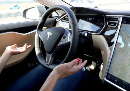 单枪匹马挑战特斯拉!美黑客开发1000美元的自动驾驶系统