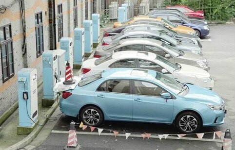 2016年中国新能源汽车销量有望突破70万辆