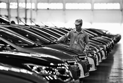 比亚迪问鼎2015全球电动车销量榜 中国汽车品牌首次领先全球