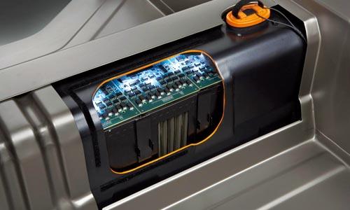 """电池生产商或将是电动车发展史的""""主演"""""""