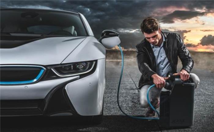 """动力电池们的自白 纯电动汽车的""""无奈"""""""