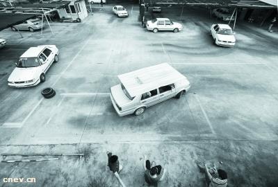 新能源汽车保值率不如废品?