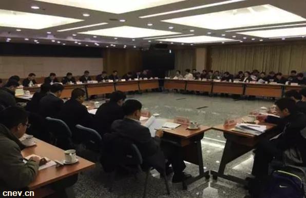 国家发改委:严控传统燃油汽车产能