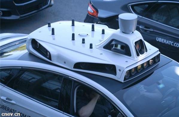 英特尔预测2050年无人驾驶经济收益可达7万亿美元