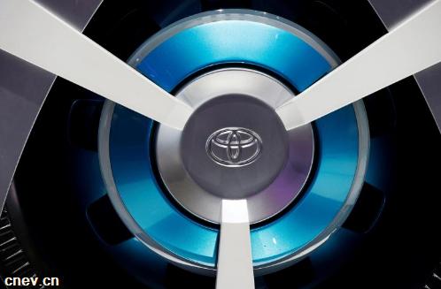 丰田将开发高级电动汽车电池 可将续航里程提升15%