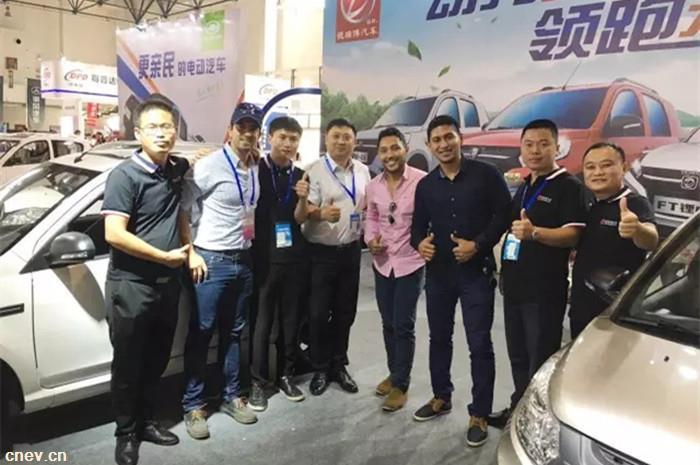 SC-TEC超级智能驱动系统横空出世,德瑞博汽车震撼北京展!