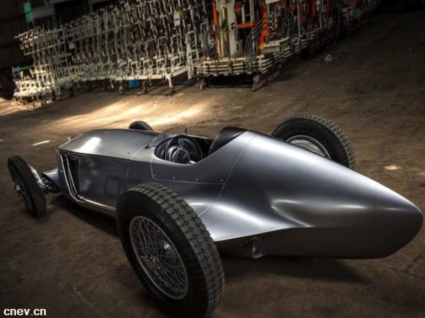 英菲尼迪Prototype 9 纯电动复古造型车8月20亮相
