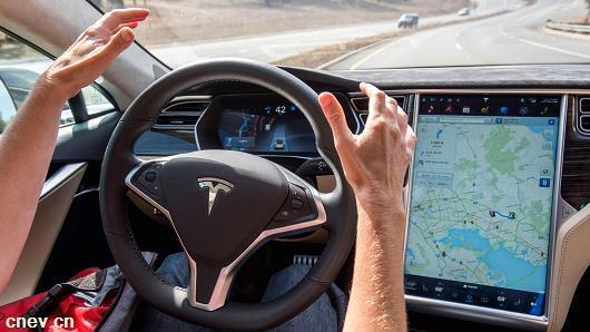 调查:55%美德民众不能放心接受无人驾驶车