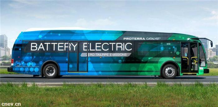 普罗泰拉发布双电机传动系统 与范胡尔合作电动客车