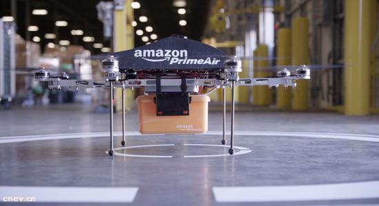 外媒:亚马逊想用无人机给电动汽车充电