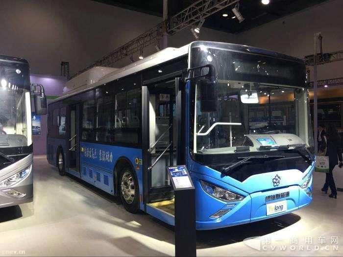 东风首辆6.7米无人驾驶纯电动城市公交完成工厂测试
