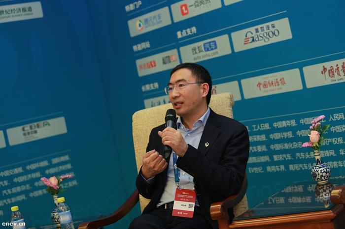 朱江明:智能电动汽车将颠覆整个汽车行业