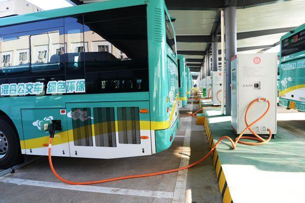 北京新能源公交总量达7815辆,占总运营车辆的24%