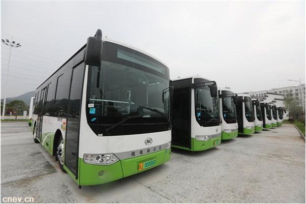 安徽:黄山市中心城区首批纯电动公交车6月运营