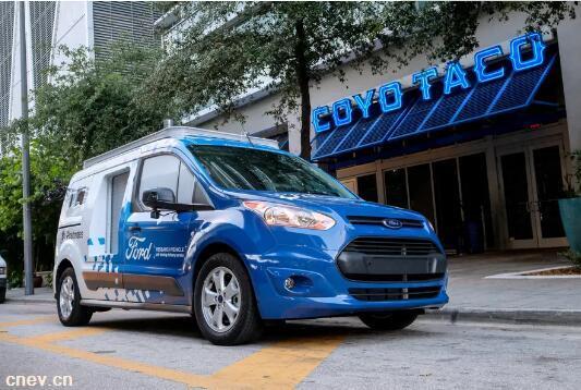 福特在迈阿密测试食物外卖自动驾驶汽车