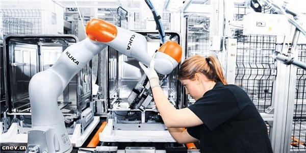 广汽订购430台库卡工业机器人 用于大规模生产电动汽车