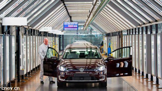 大众三家德国工厂将于2022年投产电动汽车