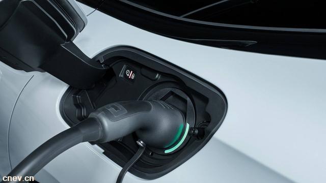 这是一份纯电动汽车冬季用车指南,请您查收