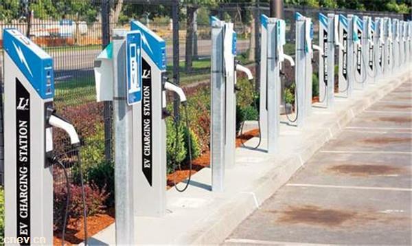 广东广州:从化区最大公交充电站场投用