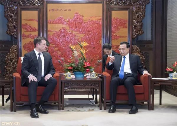 11日EV早报:李克强总理会见特斯拉总裁马斯克;江淮和行约车上线,2019年内投放1万辆新能源车
