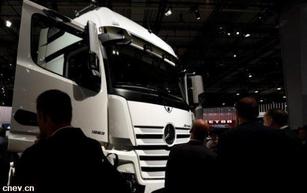 戴姆勒将与福田合作生产奔驰卡车 预计明年量产