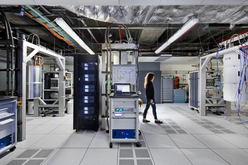 奔驰用量子计算机寻找新电池材料