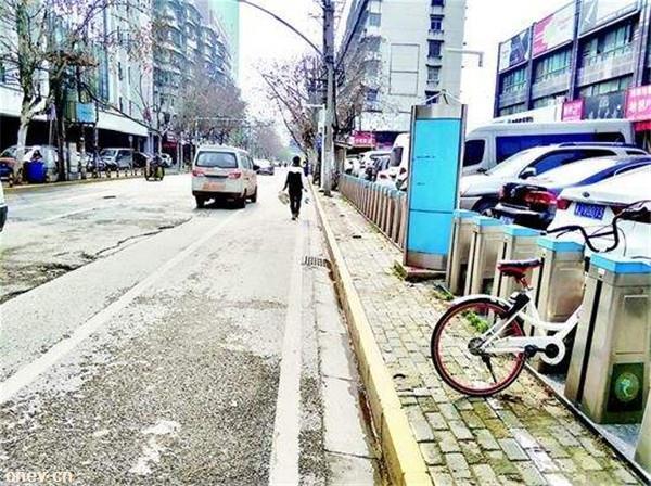 湖北武汉:街头将新划4000个专用充电车位