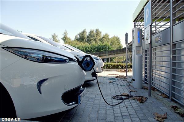 安徽:2020年将建成电动汽车充电桩超18万个