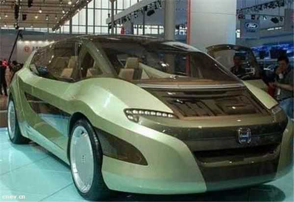 23日EV早报:上海一辆特斯拉突然自燃;合众汽车完成30亿元B轮融资