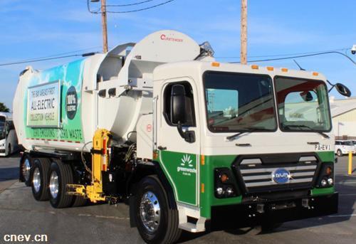 比亚迪纯电动环卫车驶入美国硅谷中心地区