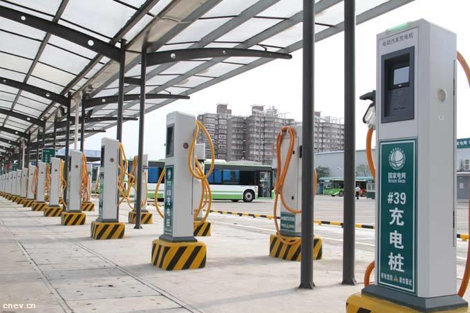 广东省加快充电基础设施建设,深圳投运全球最大电动汽车快充站