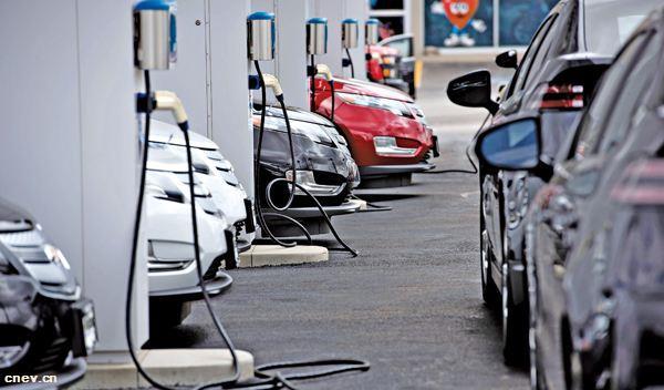 """""""禁燃""""时间 还是待新能源汽车成熟时再议为好"""