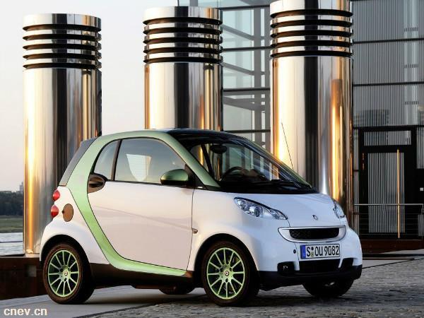 全球首个北斗智慧停车项目亮相西安