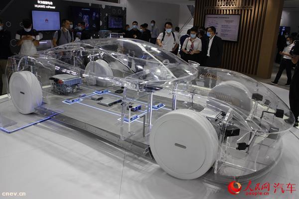 华为智能座舱解决方案发布 三大平台应用于汽车领域