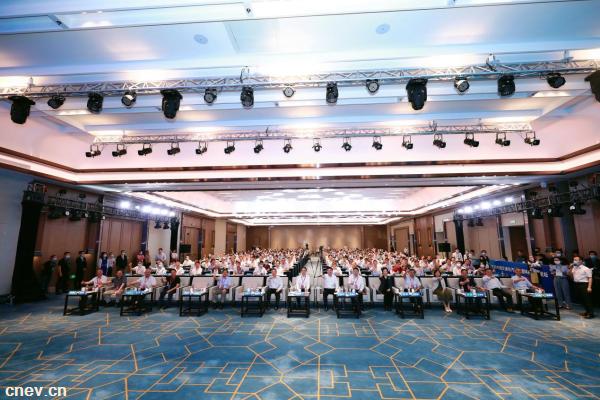 双碳目标下的中国交通与汽车工程科技创新论坛在深举办