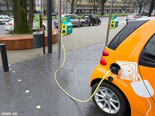 中国两大电动汽车共享平台计划寻求50亿元融资