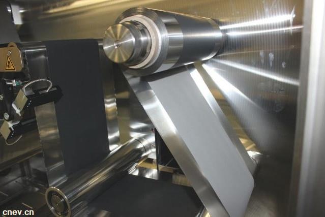戴姆勒研发新型电池 或将续航里程提升至1000km