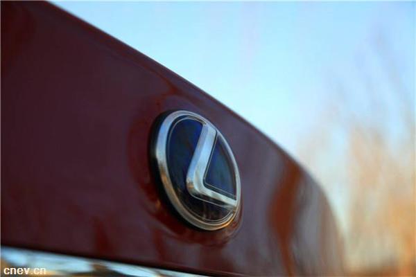 雷克萨斯:计划于欧洲和中国推出首款纯电动汽车