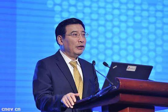 工信部部长:坚持发展新能源汽车的国家战略不动摇