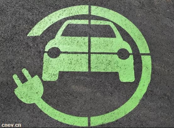 重大利好!政策推动新能源汽车发展,企业也应发愤图强