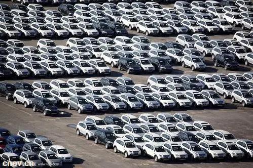 """《2020中国汽车后市场白皮书》发布 挖掘车后市场""""存量""""机会"""