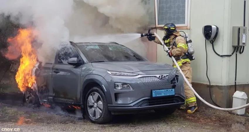 现代电动车着火,LG买单,8万台车被召回,损失超50亿元