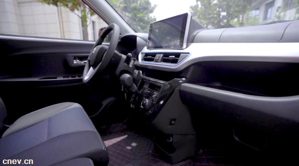 E车测评 丨 小型电动车中的大四座产品,凌宝BOX值得选择吗?