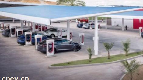产业链人士:2025年全球电动汽车电池供应较需求将至少低40%