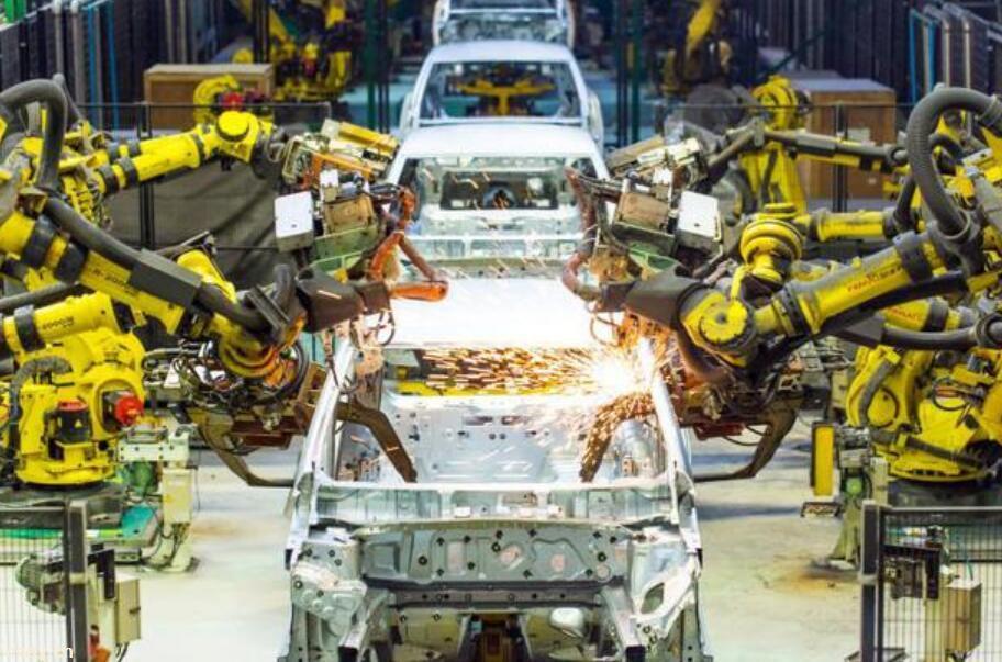 加速电动化转型 雷诺计划裁员2000人